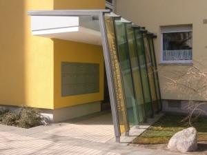 EVM Hausstockweg Eingangsüberdachung 1